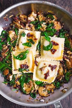 Mediterranean Ravioli with Spinach, Artichokes, Capers, Sun-Dried Tomatoes paleo dinner meatless Homemade Ravioli, Ravioli Recipe, Homemade Breads, Spinach Ravioli, Spinach Stuffed Chicken, Ravioli Lasagna, Pasta Recipes, Dinner Recipes, Cooking Recipes