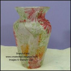 DIY for the home. tissue stamped decoupage vase, free tutorial - looks like fun Cool Diy Projects, Crafty Projects, Bottles And Jars, Glass Jars, Glass Glue, Decoupage Glass, Pencil Cup, Paper Crafts, Diy Crafts