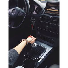 love it love the pics of couple holding hands. Couple In Car, Love Couple, Couple Goals, Night Couple, Family Goals, Couple Relationship, Cute Relationships, Couple Holding Hands, Korean Couple
