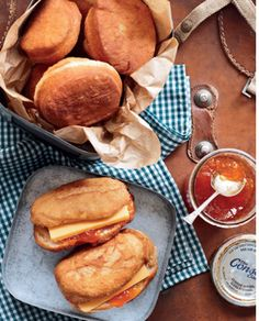 Vetkoek with cheese and jam - double South African whammy! South African Dishes, South African Recipes, Food Photography Styling, Food Styling, Dough Recipe, Food Dishes, Dishes Recipes, Main Meals, Baking Recipes