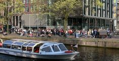 Afbeeldingsresultaat voor tourists standing in queue Anne Frank House, Best Boats, Boat Tours, Travel Posters, Travel Usa, Facade, Travel Destinations, Tourism, Travel Photography
