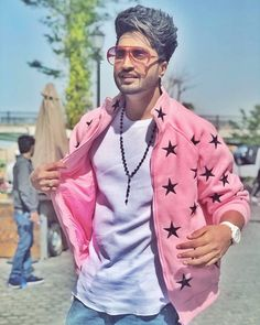 Jassi Gill Hairstyle, Cool Boy Image, Short Shaved Hairstyles, Swag Boys, Boy Images, Latest Hd Wallpapers, Stylish Boys, Mens Fashion Suits, Men's Fashion