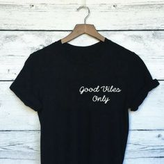 Good Vibes Only Boyfriend Tee Good Vibes Only Shirt, Boyfriend T Shirt, Unisex Fashion, Graphic Tees, Cricut, Graphics, Vacation, T Shirts For Women, Tank Tops