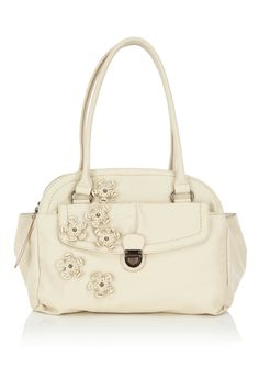 a62b00a73d4 Oasis always has the cutest bags! Oasis Uk