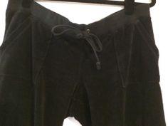 Juicy Couture Velour Flare Leg Pocket Pants Black Tracksuit Pant Regal Size Larg | eBay #juicycouture #sweatpants #velour #velourtracksuit #tracksuit #designertracksuit #designersweatpants #consignment #blacksweatpants
