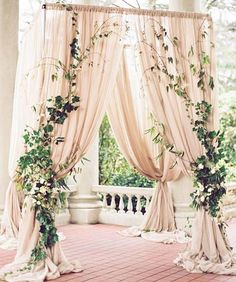 What do you think of this gorgeously draped wedding arch? We think it would work beautifully for a wedding here in Maui!! #Repost @colinweddings ・・・ An ethereal altar wrapped in ivy could be the perfect place to say your vows! Photo by @holeighh Floral by @celsiafloral