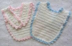 Buttoned Bib USA/CAN - Free crochet Patterns