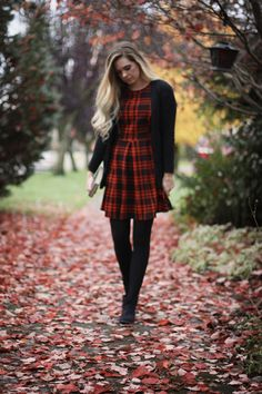 Plaid is a must-have for fall, and Pretty Lovely Blog's Jordyn looks stunning in our plaid dress!