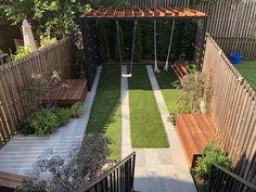 Jardines pequeños con encanto - Las nuevas tendencias para 2021 - Small Backyard Design, Backyard For Kids, Backyard Patio, Backyard Ideas, Brooklyn Backyard, Kid Friendly Backyard, Townhouse Garden, Privacy Fence Designs, Beautiful Home Gardens