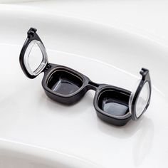 Glasses Contact Lens Case http://stuffyoushouldhave.com/glasses-contact-lens-case/