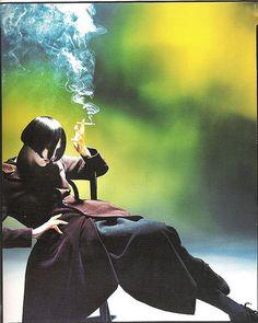 Knight's Artistic Fashion Photography photos) yohji yamamoto by steve knight Yohji Yamamoto, Foto Fashion, Fashion Art, Editorial Fashion, Live Fashion, Space Fashion, Nail Fashion, Fashion Poses, Fashion Edgy