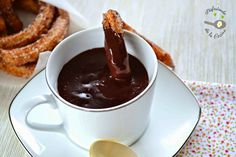 CHOCOLATE A LA TAZA O CHOCOLATE CALIENTE