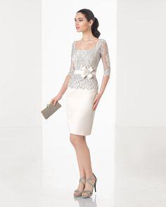 Robe courte classique de couture, corsage en dentelle, jupe en piqué, col rond fermé, manches 3/4, couleur bleu, vert, rouge, bleu marine et beige.