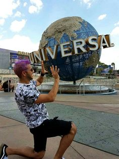 Universal 👊 Orlando, Clouds, Facebook, Disney, Lisbon, Orlando Florida, Disney Art, Cloud