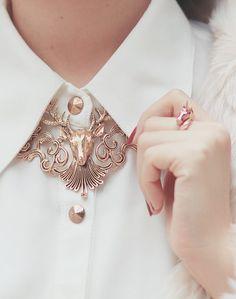 Golden deer necklace, love or not? Asian Fashion, Look Fashion, Fashion Outfits, Fashion Design, Fashion Beauty, Beauty Style, Cheap Fashion, Fashion Tips, Deer Necklace