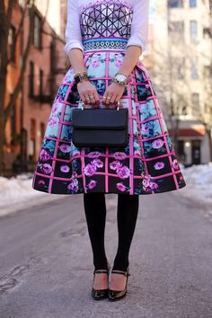:: winter floral :: Blaire Eadie of Eadie // Atlantic Pacific Pretty Outfits, Cute Outfits, Skirt Outfits, Summer Outfits, Fashion Sites, Fashion Trends, Cool Style, My Style, High Fashion