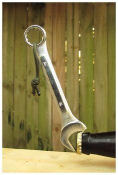 The Bottle Wrench Bottle Opener Original von TheBottleWrench