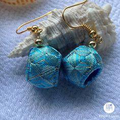 turquoise va.1 unusual handmade turquoise colour by kinukaJapan