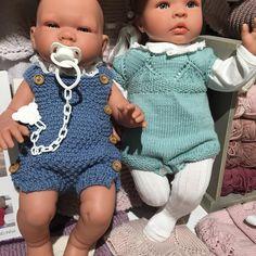 Dukkene har fått nye kler #gallerietgarn#sandnesgarn #paelas#dukkestrikk#condor #asidukke#ringojøroeland