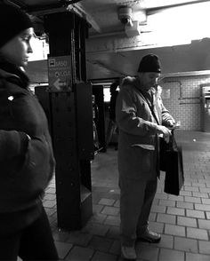 #nyc #newyorkcitythrumyeyes #bnw_one #streetbw #candidphotography #photojournalism #documentinglife #raw_streets #ig_streets #bnw_captures #bnw_society #bnw_kings #love_bnw #ic_bw #monochrome #streetlife_award #streetdreamsmag #streetphotography #gf_bnw #dreamcatcher #shadowsandlight #contrast #streetlife #street_photo_club #mafia_streetlove #artofvisuals #awesomebnw #arthouse #everybodystreet #hustle