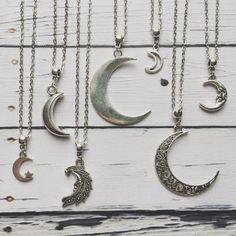 Moon Necklace Silver,