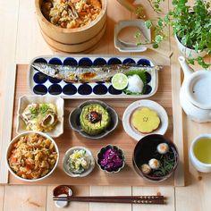 """インスタ映えも期待大!食卓を華やかに彩る""""おしゃれな食器""""が必ず見つかる、人気の「通販サイト」を集めてみました。ショップで売れ筋の、お手頃価格な商品と合わせてご紹介します♡ Sushi Recipes, Asian Recipes, Cooking Recipes, Ethnic Recipes, Japanese Recipes, Japanese Food Sushi, Japanese Dinner, Korean Food, Appetizers For Party"""