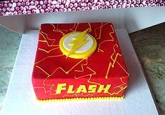 Una Torta así de regalo no estaría nada mal para mi... The Flash