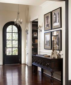 traditional entryway : art : door : console