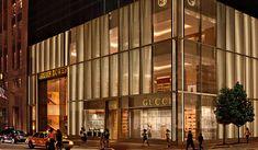 Gucci flagship store Avenue, New York luxury Mall Facade, Retail Facade, Gucci Store, Buy Gucci, Entrance Design, Facade Design, Visual Merchandising, Gucci New York, 5th Avenue New York