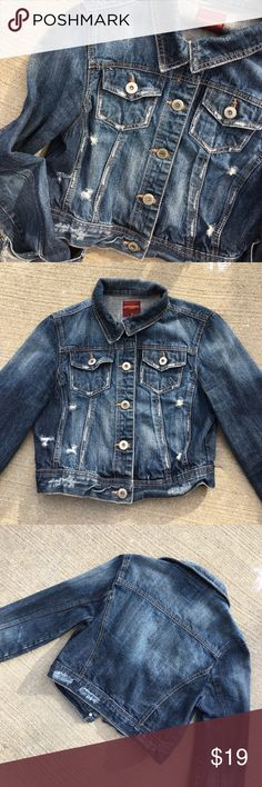Cropped denim jacket Love this jacket but I never grab for it anymore💕 distressed look. Cropped. Medium wash Highway Jeans Jackets & Coats Jean Jackets
