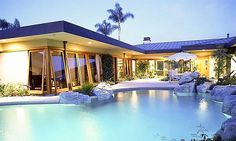 (© Kamps Falcone Architects) http://realestate.msn.com/12-pools-to-swoon-over