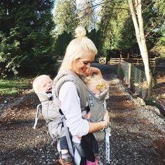 #mamasgotthis! Love this tandum wearing post from @whatdreamsmaybecome . . . #ergobaby #ergofamily #lovecarrieson #adventure #motherhood #babywearing #wearallthebabies