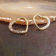 FreshTrends 18G Baltic Amber 14k White Gold Captive Bead Ring