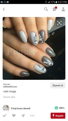 Grey and white nails with a delicate filigree design. Nail art on grey nails Fabulous Nails, Gorgeous Nails, Hair And Nails, My Nails, Dark Nails, Beige Nails, Nail Art For Beginners, Trendy Nail Art, Manicure E Pedicure