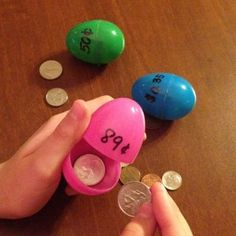 Coin Counting Eggs: Simple math centre activity to build better understanding of coins and quick addition. #mathpracticegames