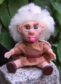 OOAK Kobold Mädchen,handgefertigt,modelliert aus Polymer…
