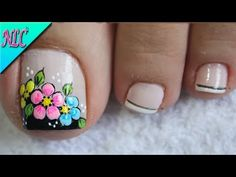 DISEÑO DE UÑAS PARA PIES FLORES SENCILLAS Y FÁCIL DE HACER - FLOWERS NAIL ART - NLC - YouTube Pedicure Nail Art, Toe Nail Art, Nail Spa, Toe Nails, Cute Pedicure Designs, Toe Nail Designs, Cute Pedicures, New Nail Art Design, Nagel Gel
