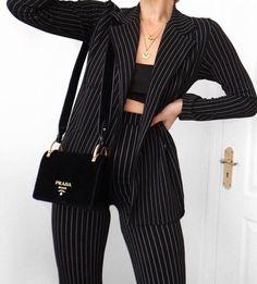 Bild über Mode im Outfit Inspo von Trisha Angela Fall Fashion Outfits, Mode Outfits, Look Fashion, 90s Fashion, Korean Fashion, Womens Fashion, Fashion Pics, Fashion Quotes, Fashion Black