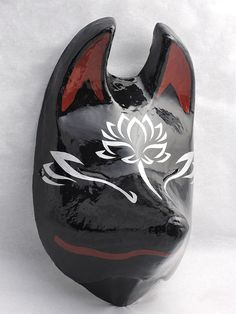 Porcelain Made In China Kitsune Mask, Oni Mask, Ceramic Clay, Porcelain Ceramics, Happy Halloween, Japanese Mask, Mask Tattoo, Cool Masks, Japanese Design