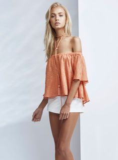 Buy Finders Keepers Better Days Ruffle Top Burnt Peach Australia. Free 1-2 Day Express Shipping on orders $59+ Australia. Shop Now!