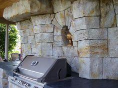 Rocce Artificiali per una zona barbeque dal sapore #country. #home #barbecue