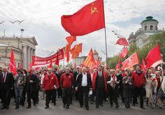 O centenário da Grande Revolução Socialista de Outubro foi comemorado pelo Movimento Comunista Internacional com uma concorrida reunião de 103 partidos comunistas e operários de todo o mundo, convo…