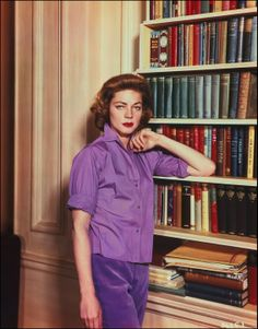 Lauren Bacall Old Hollywood Stars, Golden Age Of Hollywood, Vintage Hollywood, Classic Hollywood, The Bronx New York, Manhattan New York, Divas, Bogie And Bacall, Showgirls