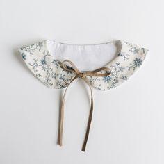 Reversible Peter Pan collar by Billy Bibs