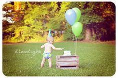 Cake Smash   Birthday   Child Photographer Outdoor Portrait {Fresh.Unique.Captivating} http://www.limelightphotoshop.com