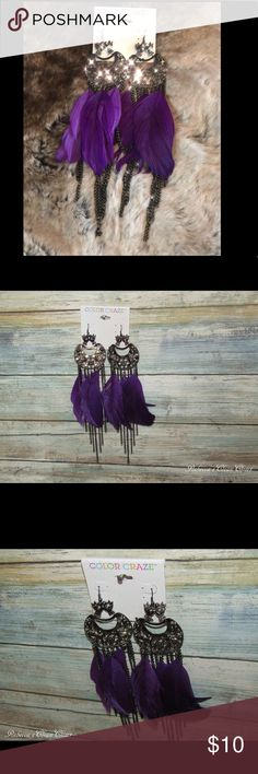 Color Craze Feather Tassel Drop Earrings NWT! 🔅Beautiful Statement Feathers Earrings 🔅Gorgeous Bird Details 🔅New With Tickets 🔅Purple Feathers  🔅Around 2 Inches Long 🔅Very Beautiful and Stylish 🔅Visit my Instagram Rebeccascleancloset  🔅#rebeccascleancloset  Item # J-094 Color Craze Jewelry Earrings