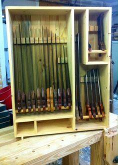 Getting Woodworking tools Woodworking Hand Tools, Woodworking Projects That Sell, Woodworking Furniture, Woodworking Shop, Woodworking Plans, Tool Wall Storage, Tool Room, Diy Shops, Workshop Storage