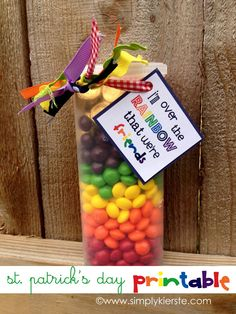 A combination of Skittles and Rolos combined together in a cute container, tied with ribbon and free printable...perfect for St. Patrick's Day!