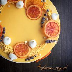 842 mentions J'aime, 9 commentaires – Стильно! Вкусно! Шоколадно! (@zhanna_voyush) sur Instagram : « Самый вкусный декор торта! #муссовыйторт #тортбезмастики #тортназаказюжносахалинск #cake… »