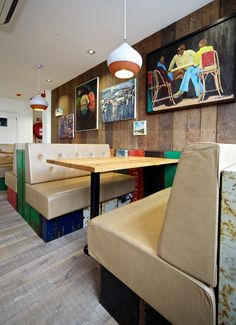 Nandos head office, 10,000 - 20,000 sq. ft. London SW15, An office design and build project by www.oktra.co.uk